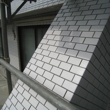 マンション外壁タイル洗浄後・斜め傾斜部分