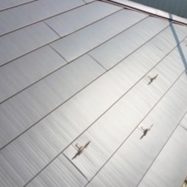 屋根上葺き完了 断熱材入り