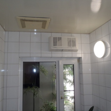 電気式浴室乾燥機後
