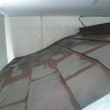 身守地蔵尊のお掃除後 屋根