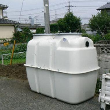 浄化槽 埋め込み作業途中 1