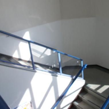 階段クロスの張替え