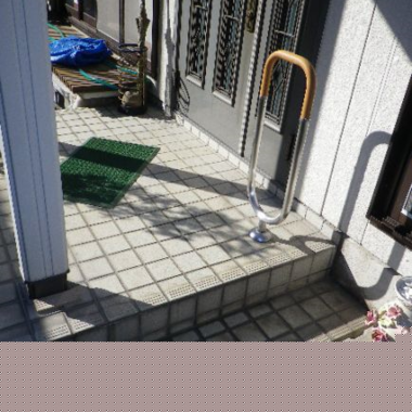 玄関の段差修理