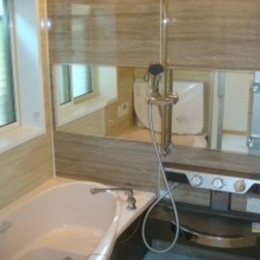 風呂場のタイル床をリフォーム