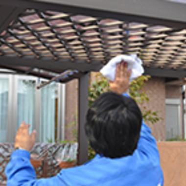 ベランダ・外回り高圧洗浄クリ-ニング作業中 4