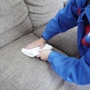 ソファ・椅子クリーニング作業中 4