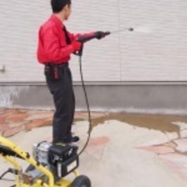高圧洗浄での外壁クリーニング