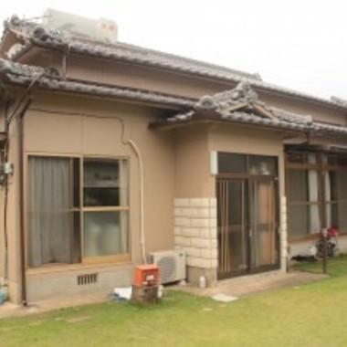 外装・屋根塗装後の住宅外観
