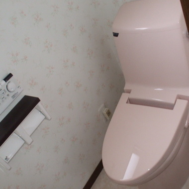 リフォーム後の洋式トイレ