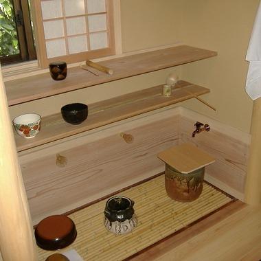 リフォーム後の茶室の棚