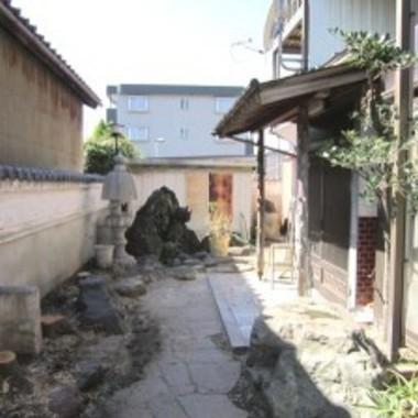 西尾市 外壁塗装・庭木伐採 エクステリアリフォームの施工後写真(0枚目)