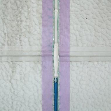 コーキング施工後の壁