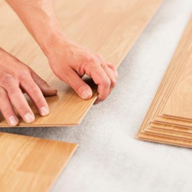 床フローリング・床CFシート張り 作業中