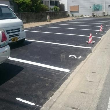 アスファルト 舗装工事後 駐車場