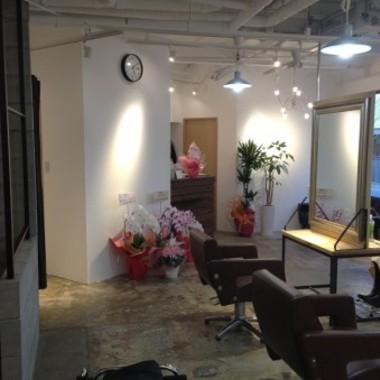 店舗 リフォーム | 美容室リフォーム後 別角度