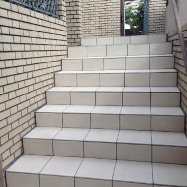 タイル張替え後 階段