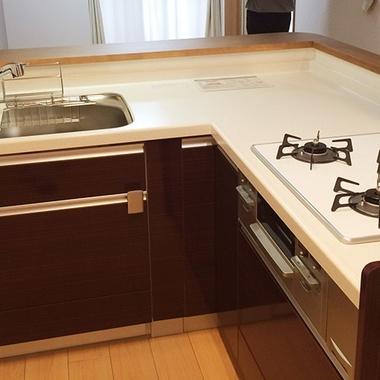 リビング リフォーム | キッチンリフォーム/拡張工事でより広く高級感のあるキッチンにの施工後写真(0枚目)