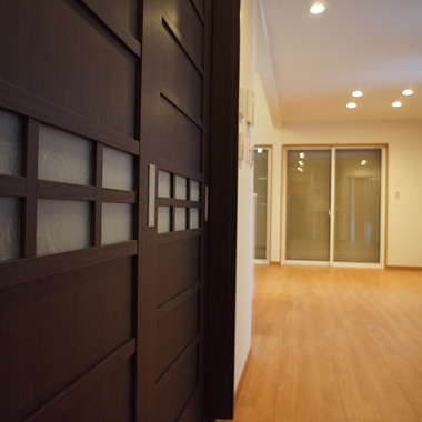 新築工事 リビング・ドア