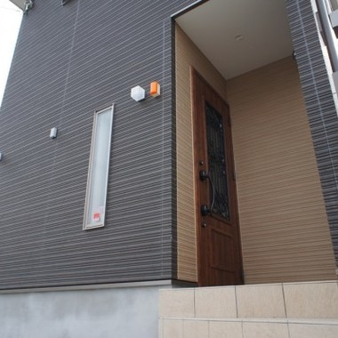 新築工事 玄関ドア