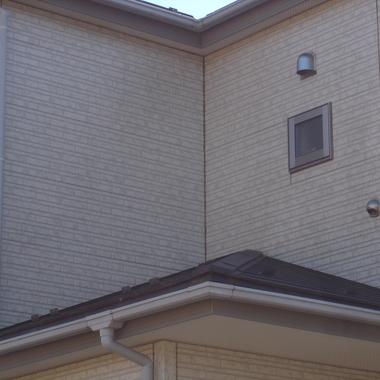 外壁 洗浄 | 住宅 2階窓あり外壁 洗浄後