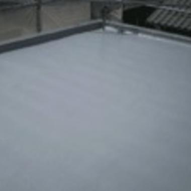 防水工事後の屋上床面