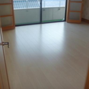福山市✕フローリングリフォーム✕プロの技が光る工事の施工後写真(0枚目)
