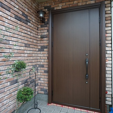 外構 エクステリア | 施工後の玄関ドア