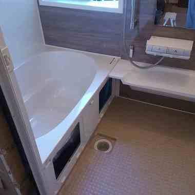 【LIXIL アライズ Mタイプ 1216サイズ】 戸建て在来浴室からのリフォームの施工後写真(0枚目)