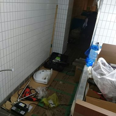 店舗 水道工事 | 東京都港区 某とんかつ屋 給排水設備工事の施工後写真(0枚目)