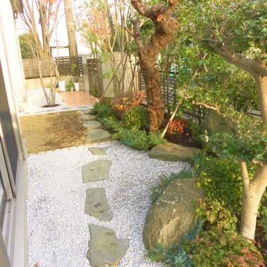 【お庭】改修工事・お手入れしやすい庭にの施工後写真(0枚目)
