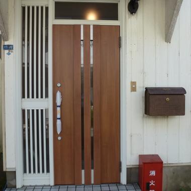 玄関ドアリフォーム 完了
