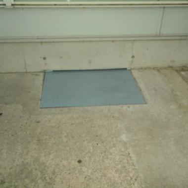 駐輪場 鉄板敷き 完了