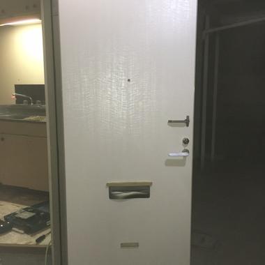 玄関ドア シート貼り 完了 内側