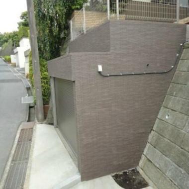 駐車場外壁タイル貼り工事 完了