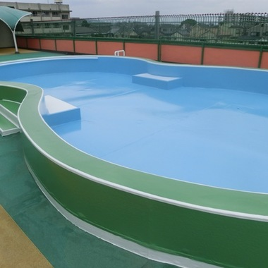 幼稚園屋上プール塗り替え完了