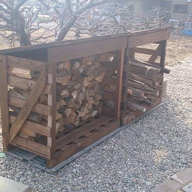 庭 リフォ-ム後 薪置き場