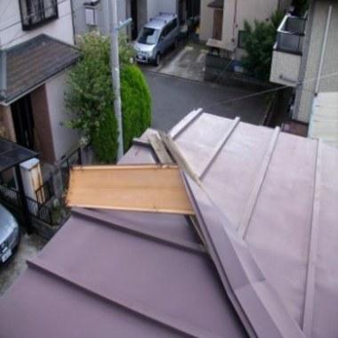 トタン屋根 修理前