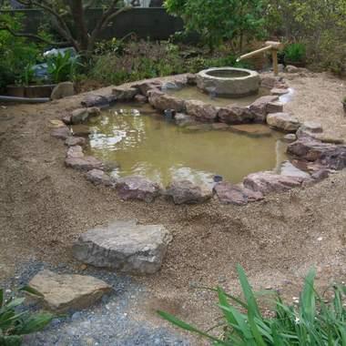 池の製作後