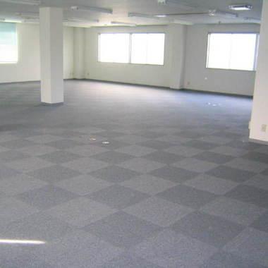 カーペット 張替え | 空き事務所のタイルカーペット張替え 施工後