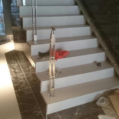 階段リフォーム作業中 3