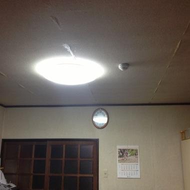 うきは市✕天井壁紙張替え✕新築のような仕上がりにする工事の施工前写真(0枚目)