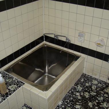 桐生市  タイル貼り風呂から、高級ユニットバスへの施工前写真(0枚目)