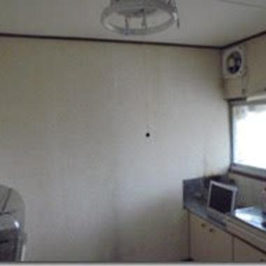 キッチン壁部分施工前