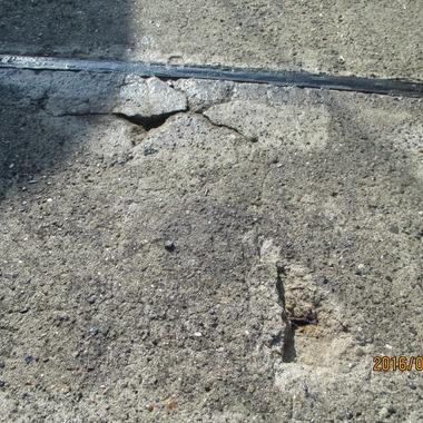 雨漏り防水 ひび割れ部分