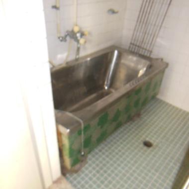 浴槽リノベーション工事前