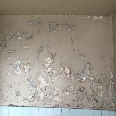 北区 お風呂のリフォーム 壁面修理前3