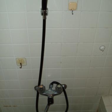 シャワー水栓を取り替え前