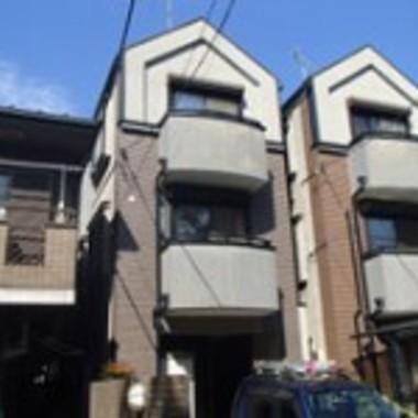 横浜市西区 塗装して新築のような家にの施工前写真(0枚目)
