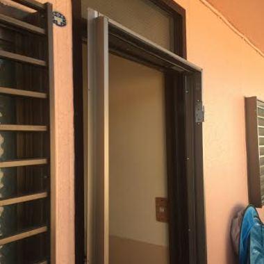 ドアを新しくしました!の施工前写真(2枚目)