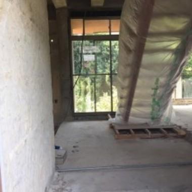 内装工事途中 階段